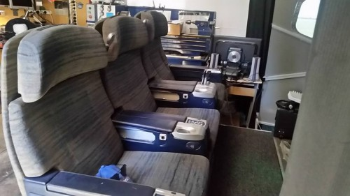 747 seats 2